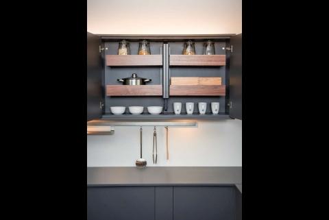 bildergallerie zu edles auch hinter der schrankt r schreinerzeitung informatives und. Black Bedroom Furniture Sets. Home Design Ideas